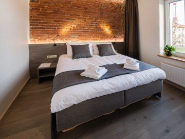 dange-hotel-double-bed